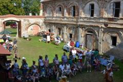 Taneční skupina ARVENA,  nádvoří zámku Čečovice