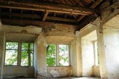 Strop v horním patře před rekonstrukcí