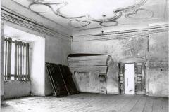 Východní křídlo patro 1. místnost 1976