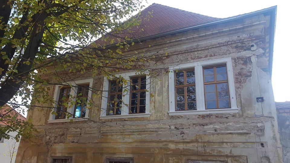 Nová okna na zámku Čečovice